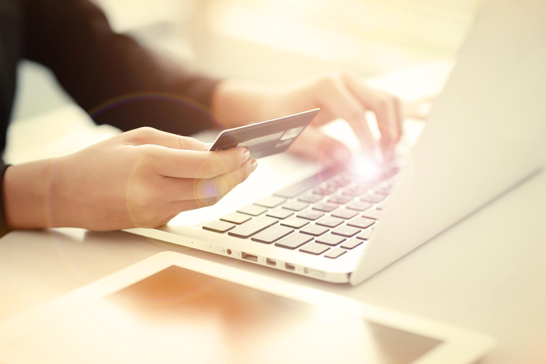 Uw debiteuren, onze zorg. Met ons debiteurenbeheer dagelijkse aandacht voor uw facturen. Tijdwinst, gemak & geldbesparing voor bedrijven en ondernemers